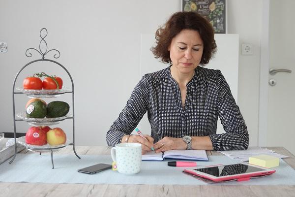 Übungstisch zu Hause zur Gewichtsreduktion